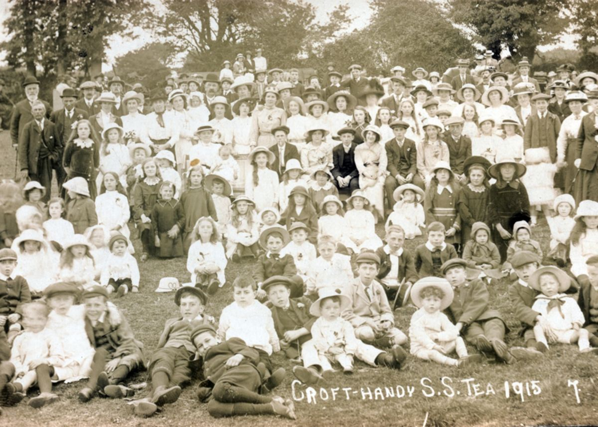 Crofthandy Methodist Chapel, Sunday School Tea Treat in 1915